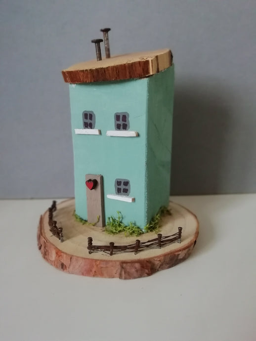 Sage Cottage - Driftwood house #013