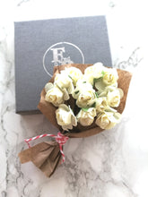 Bouquet In A Box - 12 Ivory Roses