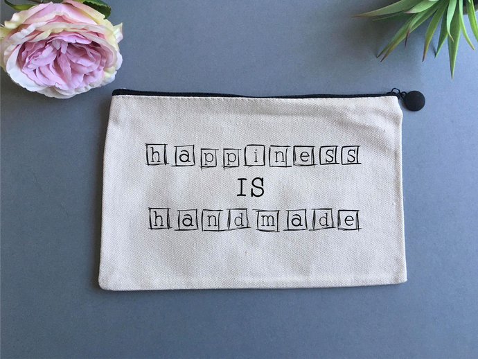 Linen pouch - Happiness is Handmade - Fred And Bo