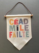 Hanging Banner Flag- Céad Míle Fáilte - Fred And Bo