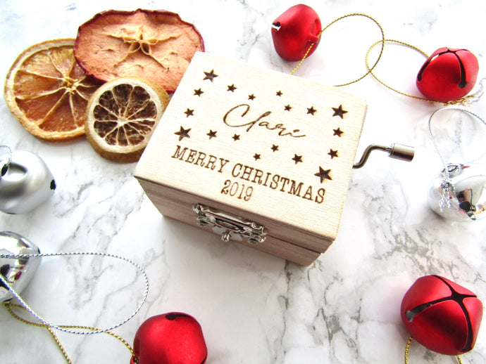 Musical wind up box- personalised Merry Christmas - Fred And Bo