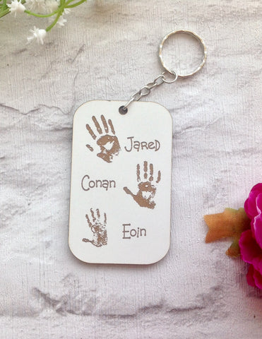 FAMILY HANDPRINT engraved keyring - Fred And Bo