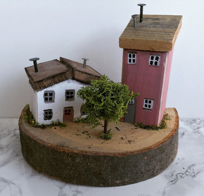 Driftwood houses -Teach na hÉireann- #003 - READY TO SHIP - Fred And Bo