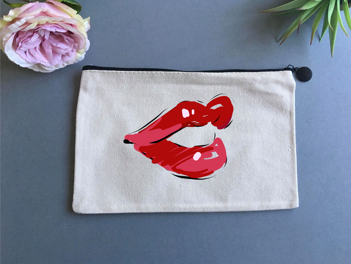 Linen pouch - Lips - Fred And Bo
