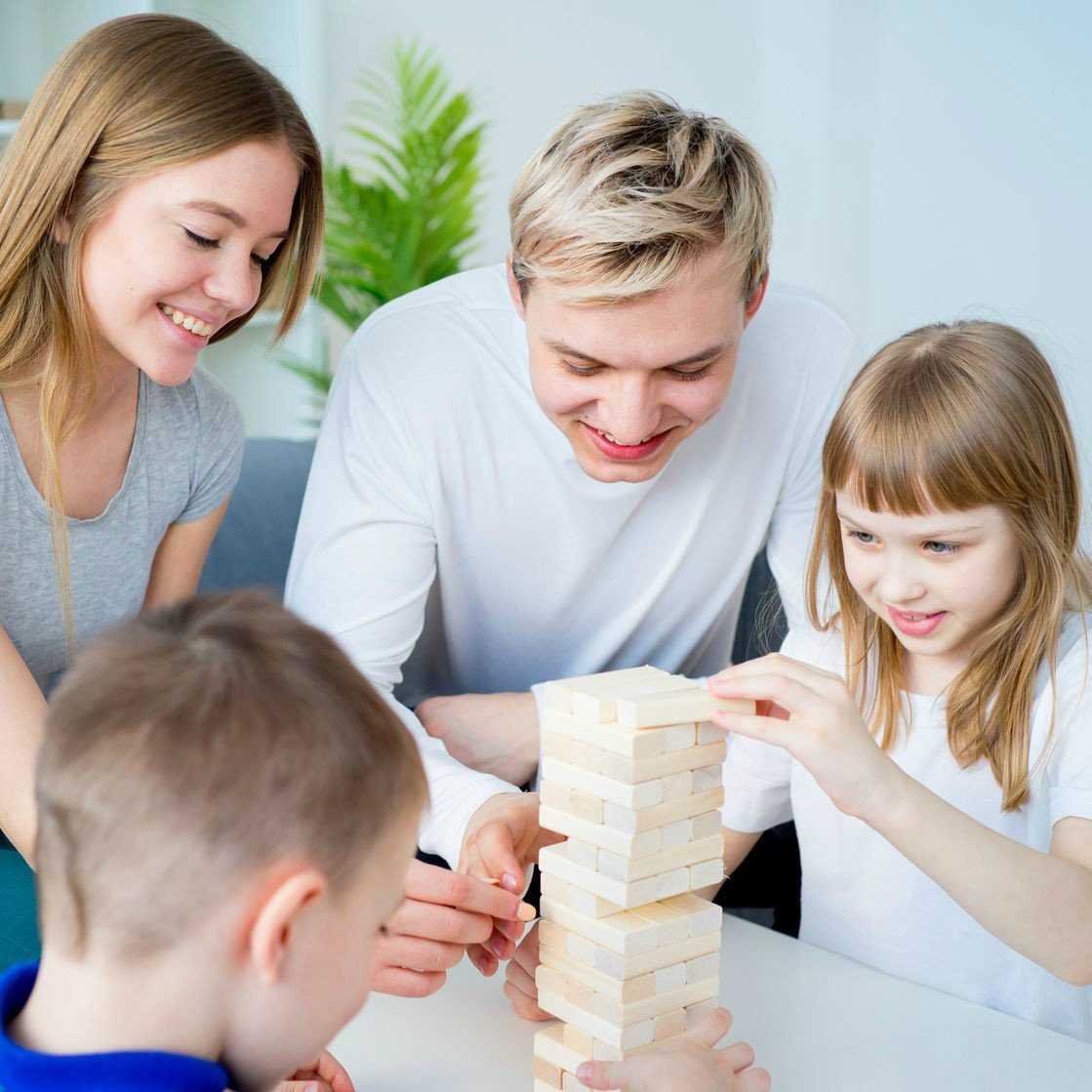 "10 Games To Play With Your Kids During ""Family Games Week"""