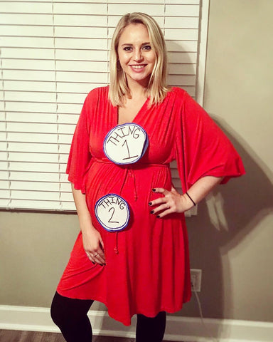 pregnant-halloween-costume-thing1-thing2