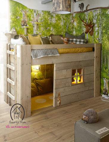 Incredible, unique kids' woodland bed