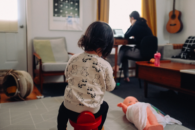 7 Survival Tips for Remote Workers with Toddlers and Infants