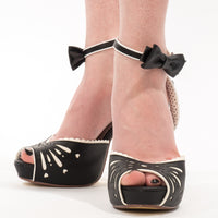 Pin Up Couture BETTIE-01 Black Heels