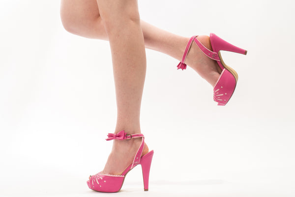 Pin Up Betty Heel in Hot Pink