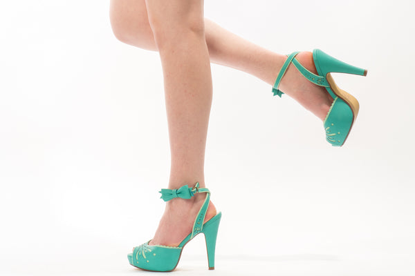 Pin Up Betty Heel in Teal