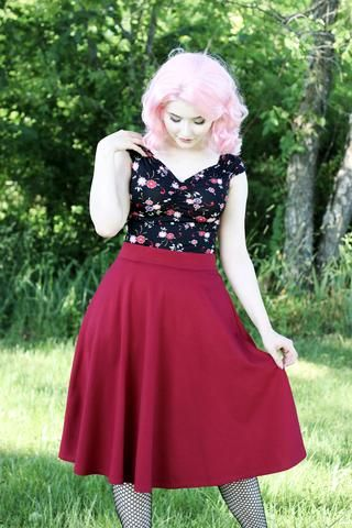 Retrolicious Charlotte Skirt in Wine