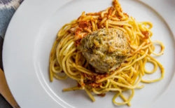 Spaghetti & Chicken Meatballs