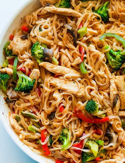 Recipe Kit: Chicken, Broccoli, Mushroom Stir Fry with Rice Noodles