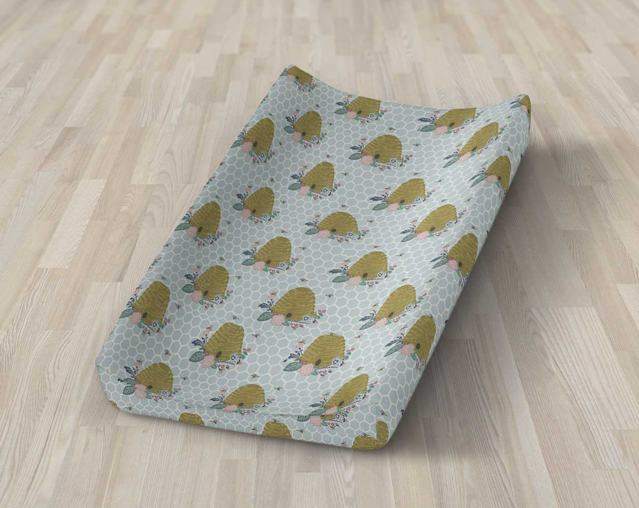 Bee Hive Changing Pad Cover- Bumble Bee  Diaper Change Mat - Dream Evergreen @DreamEvergreen