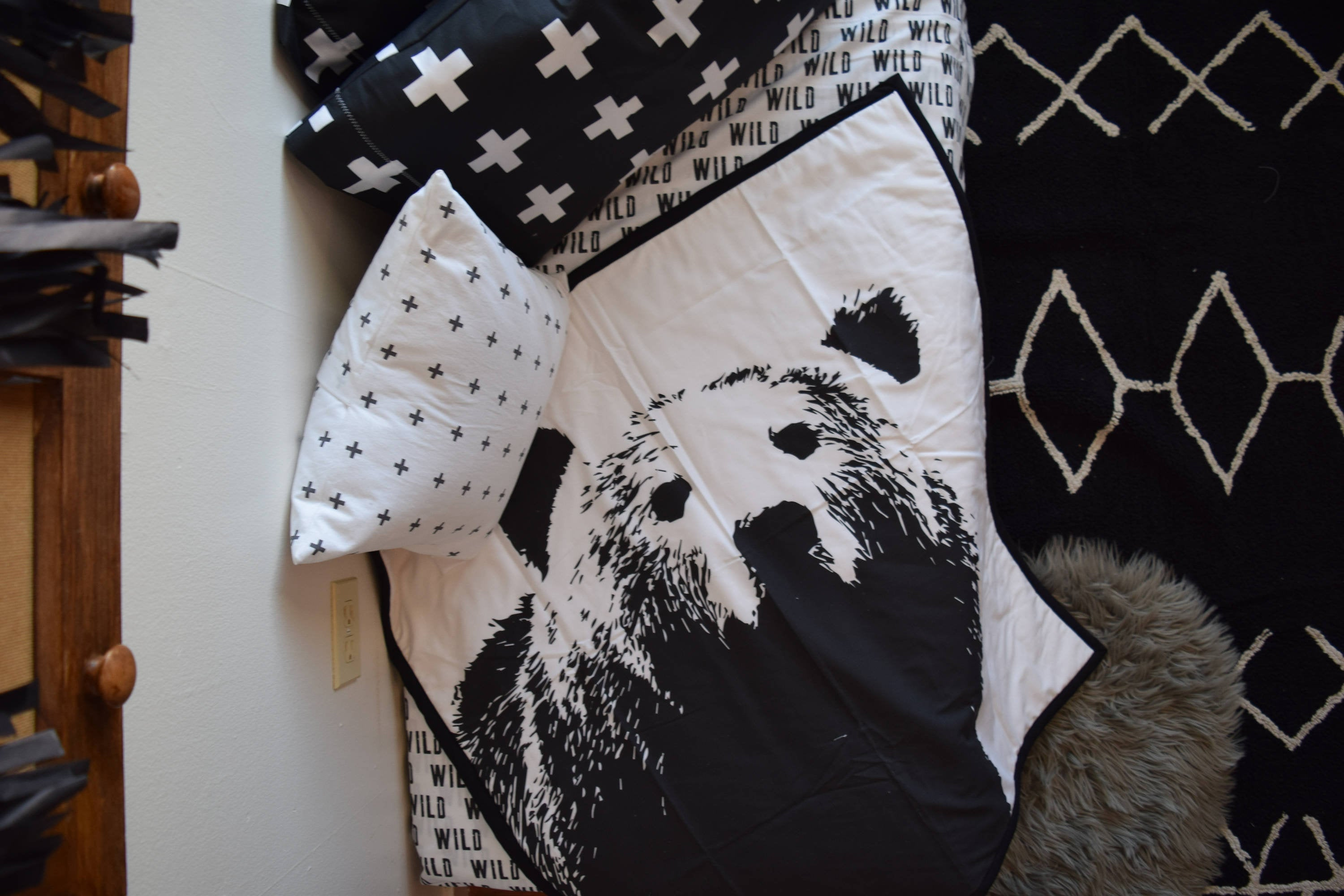 Bear Quilt - Black White Throw - Dream Evergreen @DreamEvergreen