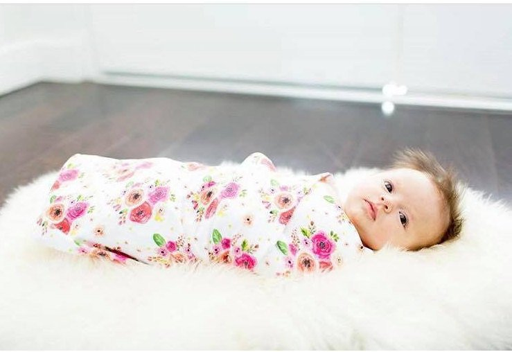 Floral Swaddle Blanket - Flowers Baby Blanket - Dream Evergreen @DreamEvergreen
