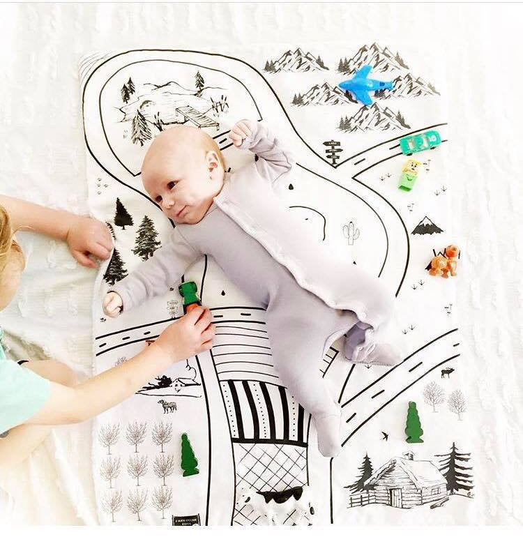 Monochrome Canvas Play Mat- Travel Toy- Kids Games- Toddler learn and play Christmas gift - Dream Evergreen @DreamEvergreen