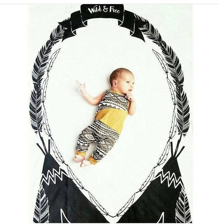 Tepee Milestone Wreath Blanket Wild Free Newborn Photo Prop - Feathers Swaddle Blanket Monochrome newborn Wrap - Photography Prop - Baby Bed - Orange Blossom Special  @orangeblossomspecial805