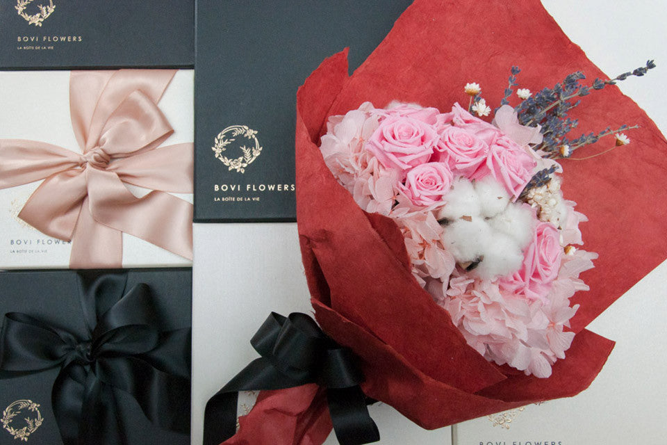 Everlasting Bouquet - Rosé Grand - Bovi Flowers