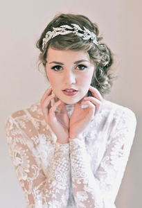 How to Choose the Perfect Headpiece for Your Wedding Day