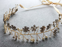 The Flower & Pearl Head Wreath