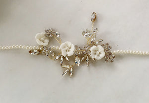 "The ""Pearls to the side"" Headpiece"