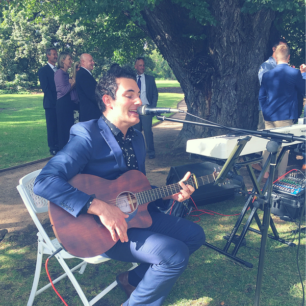 Rhys Tolhurst Brings His Talent to Melbourne Weddings