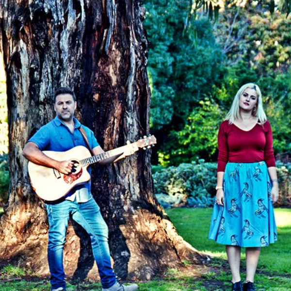 Melbourne Duo Acoustic Blue Deliver Soulful Wedding Performances