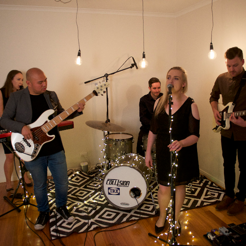 Moment's Notice Melbourne wedding band for hire