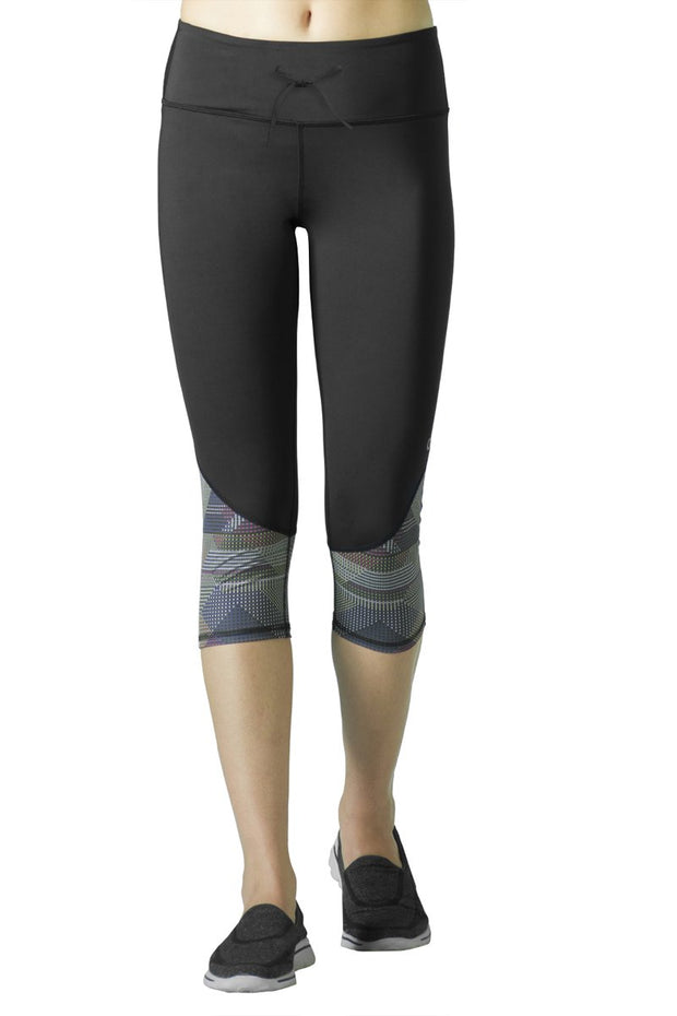 Smooth Fitness Capri Pant - Black Pr Color