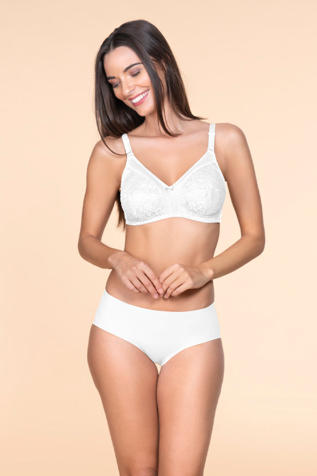 Lace Magic Non padded Wirefree Bra