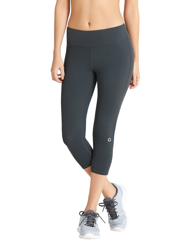 Smooth Fitness Capri Pant - Black Color