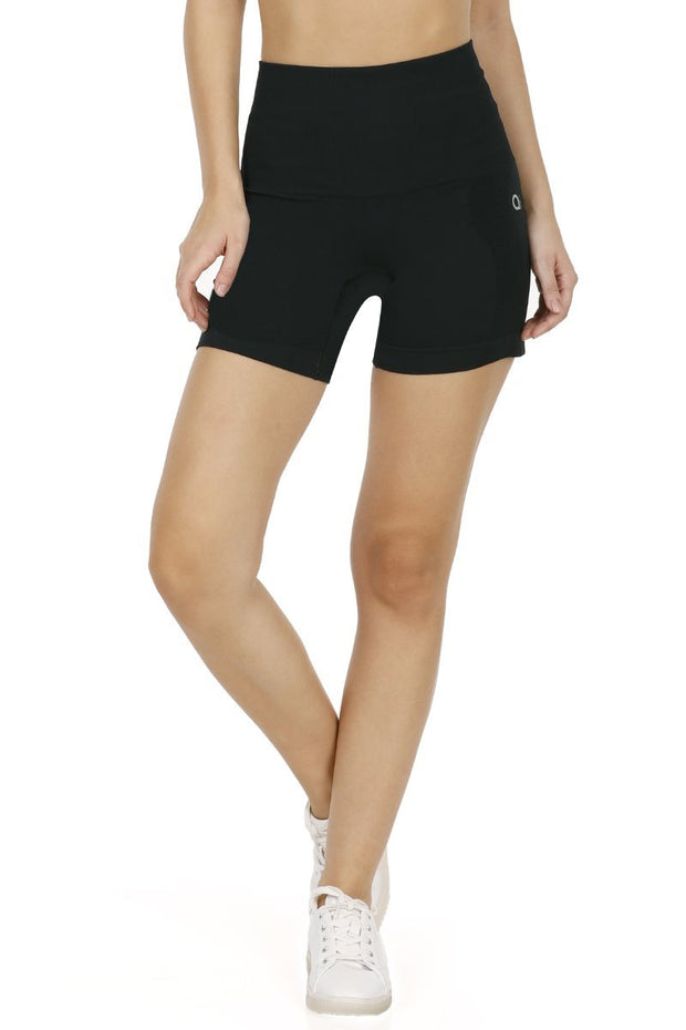 Black Seamless Fitness Shorts