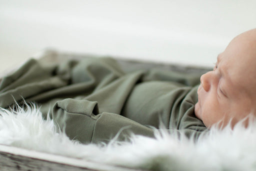 Olive Sleeper Newborn Gown - Zipease