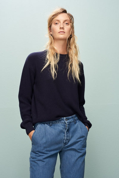 Escape Crew (Navy) - Kowtow