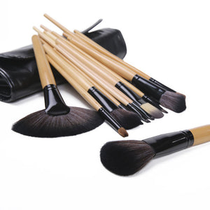24 Piece Makeup Brush Set | Premium Wood - Foenix Direct