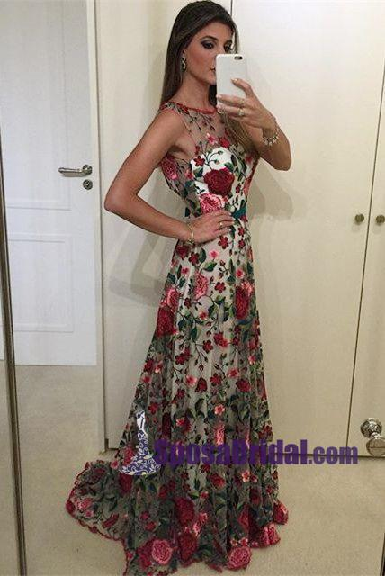 Exquisite Round Neck Sleeveless Backless Sweep Train Floral Lace
