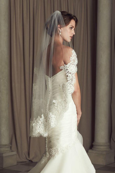 Attractive Tulle  Short Wedding Veil With Lace Appliques , WV0118 - SposaBridal