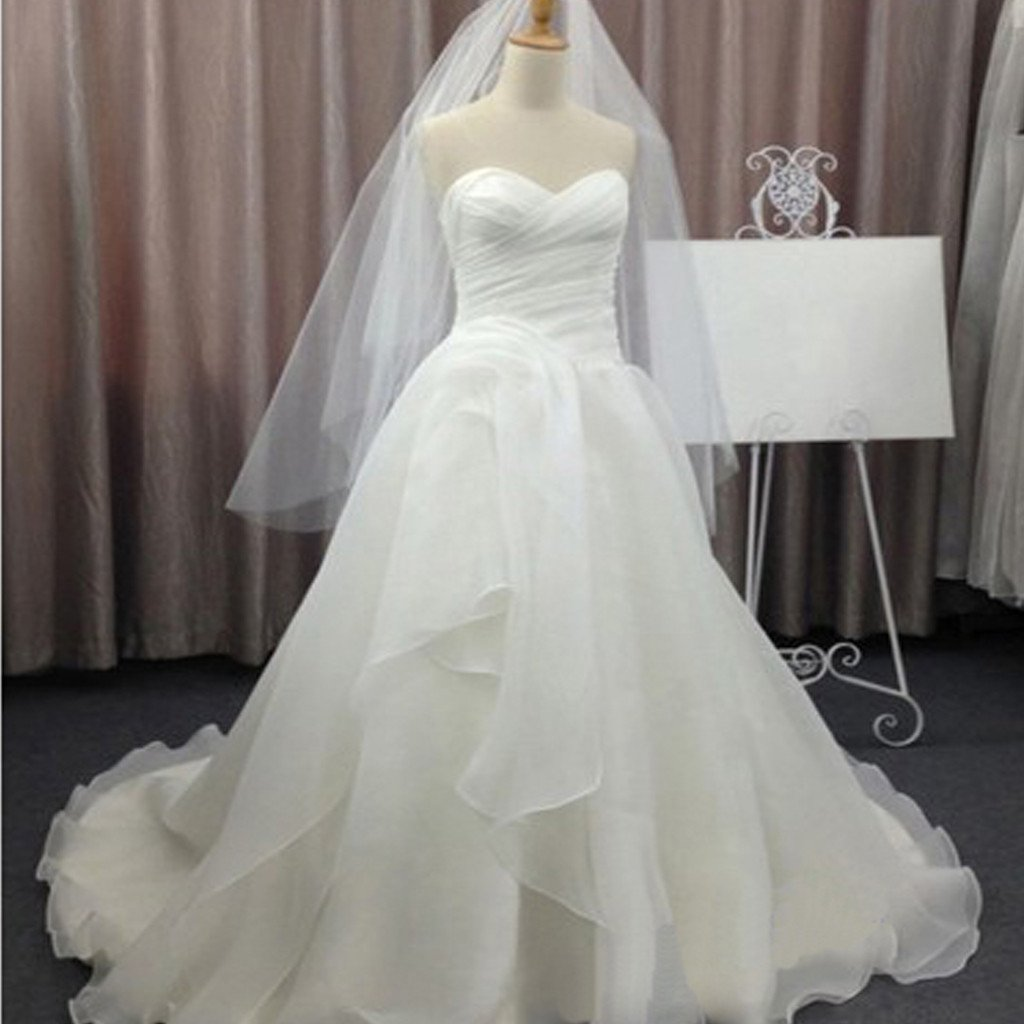 Simple And Elegant White Satin Sweetheart With Jacket: Simple Elegant Sweetheart White Chiffon Wedding Party