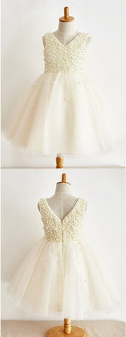 products/A-Line_V-Neck_Floor-Length_Ivory_Tulle_Flower_Girl_Dress_with_Pearls.jpg