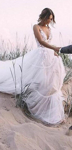 products/A-lineIvoryLacePopularBeachWeddingDresses_1.jpg
