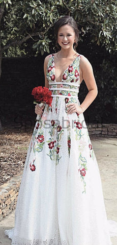products/A-line_Unique_Deisgn_Long_Tulle_Modest_Long_Prom_Dresses_2.jpg