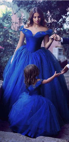 products/Attractive_Tulle_Off-the-shoulder_Neckline_Ball_Gown_Formal_Elegant_a-line_Prom_Dresses.jpg