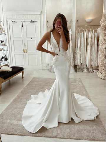 products/CharmingMermaidV-NeckSatinSimpleUniqueLaceWeddingDresses_1.jpg