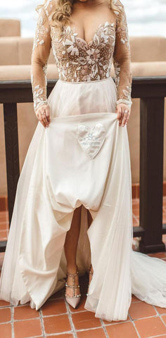products/Charming_Newest_Beading_Gorgeous_Wedding_Dress_Long_Sleeves_Unique_Design_Bridal_Dress_PD0434.jpg