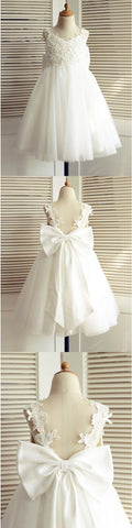 products/Cheap_A-Line_V-Neck_Backless_White_Flower_Girl_Dress_with_Appliques_Bowknot.jpg