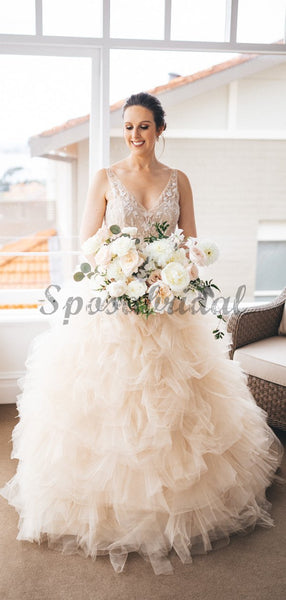Gorgeous Lace V-neck Ruffles Tulle Ball Gown Wedding Dresses WD0362