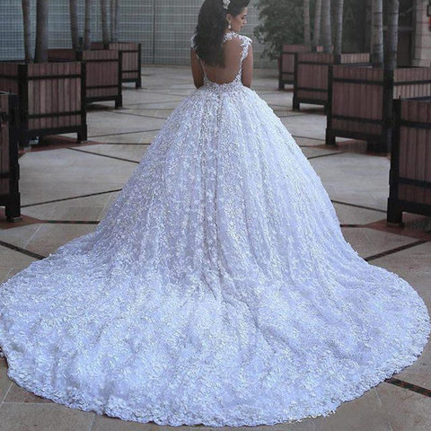 products/Long_Full_Lace_Elegant_Fall_Gorgeous_Modest_Plus_Size_Princess_Wedding_Dresses_with_train_Bridal_Gown.jpg