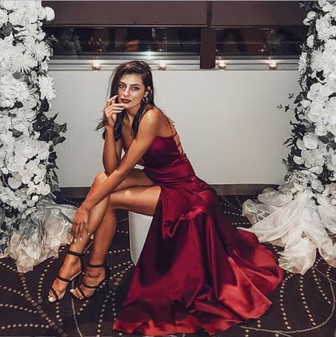 products/Simple_Sexy_Elegant_Straps_V_Neck_Mermaid_Burgundy_Prom_Dresses_Long_Evening_Dress_with_Criss_Cross_Back_4.jpg